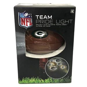 NFL Green Bay Packers Team Pride Light NEW